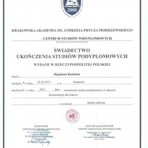 Scan6 1 300x300 - Krakowski dentysta: lek. stom. Magdalena Rumińska